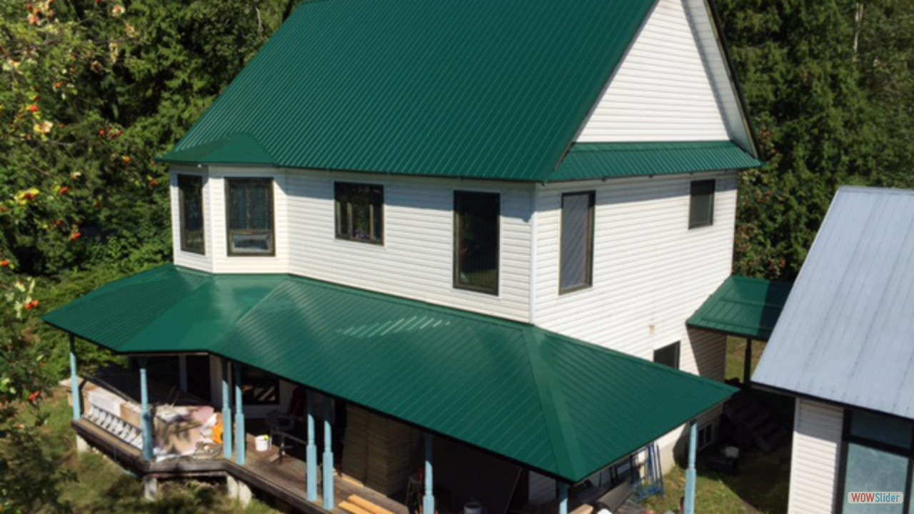 Light and Heavy Gauge Metal Roofing